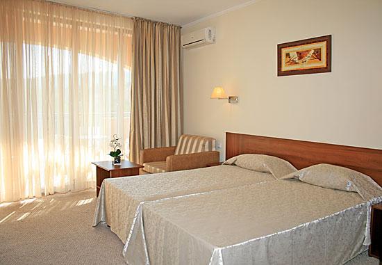 Nisipurile de Aur - Hotel CENTRAL 4* Oferta litoral 2013
