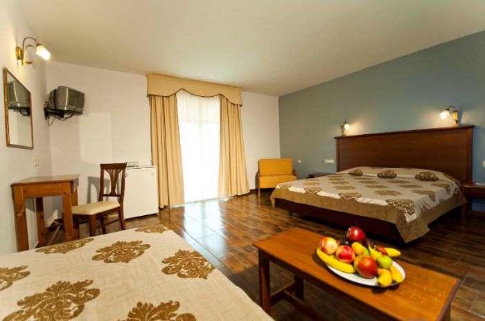 http://www.vacanteinbulgaria.ro/imagini/mare/grecia_Paralia_Katerini_hotel_sun_beach_platamonas_8.jpg