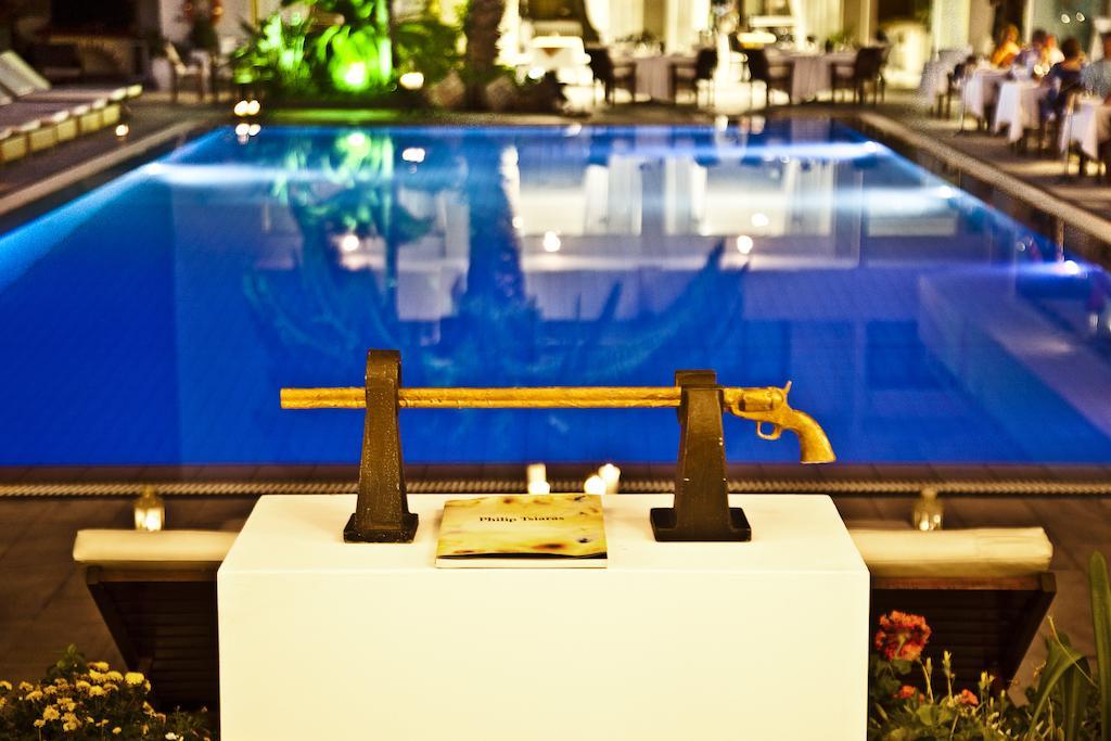 Hotel la piscine art 4 litoral la piscine art 4 for Art piscine hotel skiathos