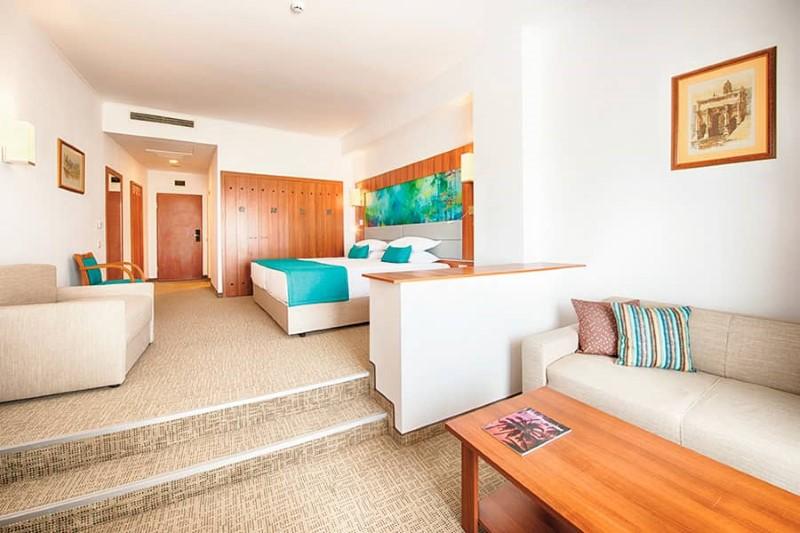 Hotel Riu Helios Bay 4 Paste 2018 Riu Helios Bay 4